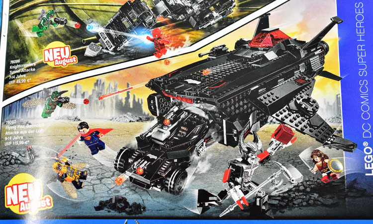 3 Justice League movie sets shown in German LEGO catalog