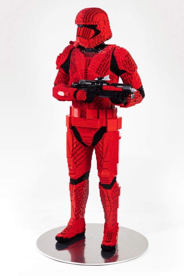 See The Life-size Sith Trooper At Comic-Con
